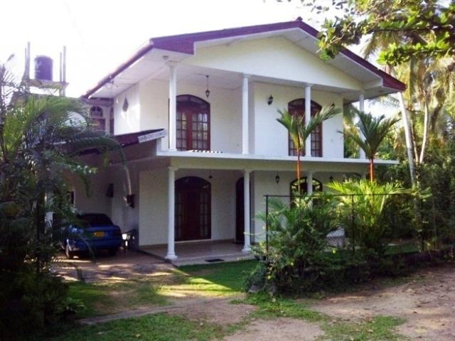 40 Perches Land With Two Story House Near Gampaha Gampaha