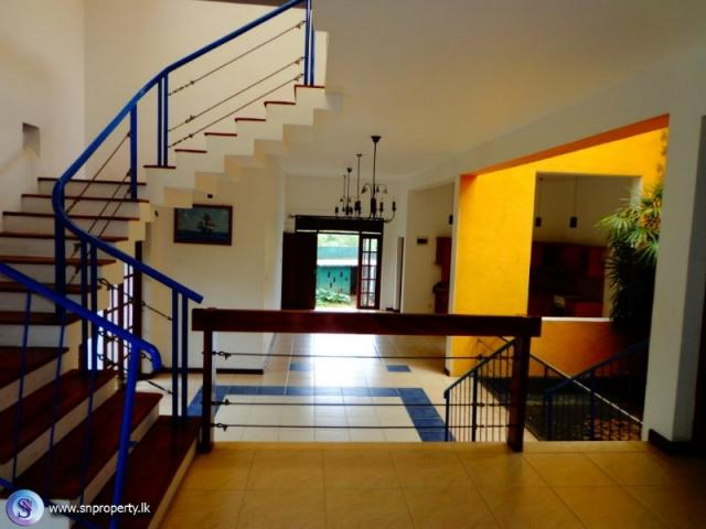 2114) Beautiful Architectural Design House for Sale. Battaramulla ...