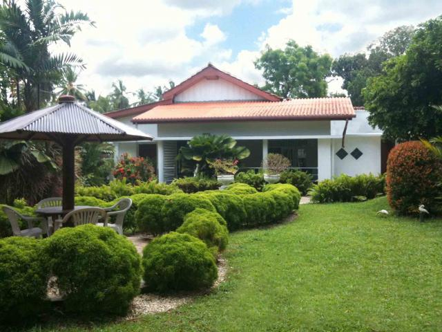 Luxury House In A Respectable Residential Area Gampaha