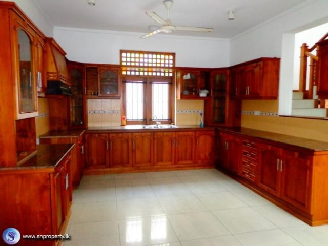 Facing bolgoda river colombo houses land for sale in for Bathroom designs in sri lanka