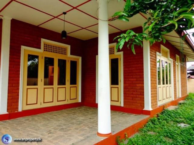 2158) A Brand New House for Sale  Boralesgamuwa Maharagama