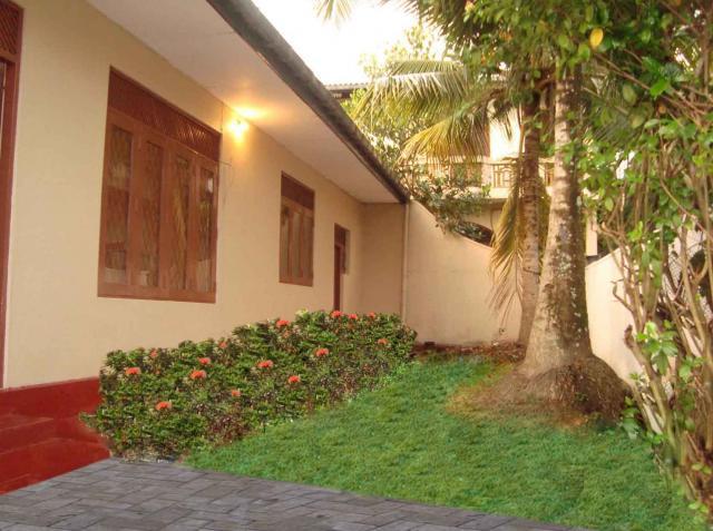 Wattala Welisara House For Sale Bargain Price Rs 7 5